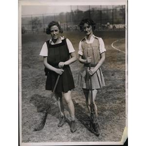 1936 Press Photo Marjorie Lockley, Lucille Reilley Lacrosse tourny in NY