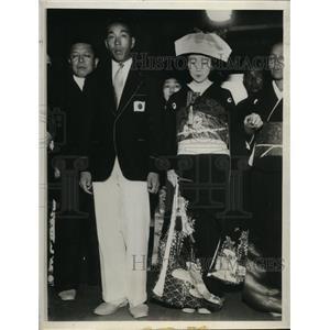 1932 Photo Japanese Olympic champ Chuhie Nambu weds Hisako Yokota
