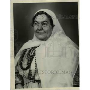 1934 Press Photo The Persian Girl Scout, Mrs. Sarges - nee31916