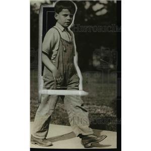 1923 Press Photo Byron Loush has run away 50 times - nee44537