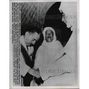1953 Press Photo Gen. Augustin Guillaume Visits Sidi Mohammed Ben Moulay Arafa