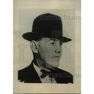 1928 Press Photo Det. Bert Clark of Denver obtained Doris McDonalds confession.
