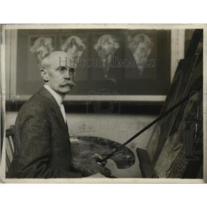1918 Press Photo Edwin Blashfue artist in his studio - nex78759