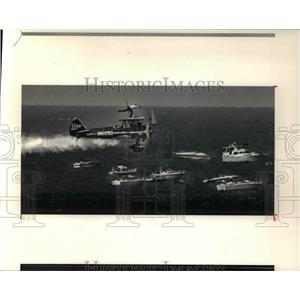 1994 Press Photo Wingwalker Johnny Kazian soars over Lake Erie