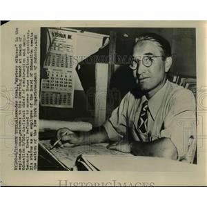 1949 Press Photo Alexander Koral Witness in Espionage Case - nee57675