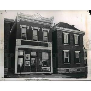 1915 Press Photo Corner house in the old German Village - cvb01342