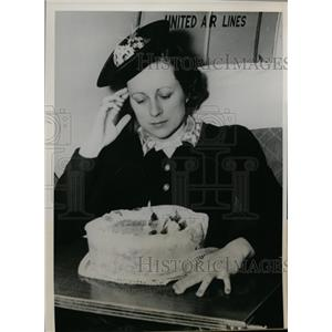 1939 Press Photo Stewardess Evelyn Oquist of United Air Lines in Chicago