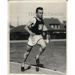1929 Press Photo Edward Gloege in 880 yard dash for USC 1:55.4 seconds