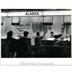 1993 Press Photo Alaska Airlines pulled out of Spokane Airport - spx03755