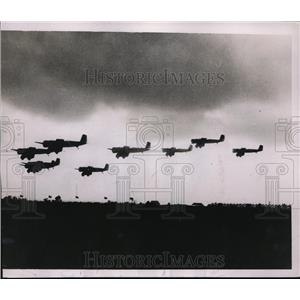 1935 Press Photo All American Air Manuevers at Miami Florida exhibition