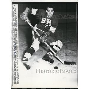1958 Press Photo Paul Midghall All American hockey player - nes31424