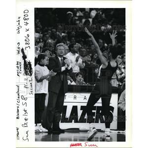 1991 Press Photo Casey Powell Sequent Chairman Trail Blazers - ora70539