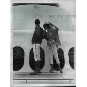 1960 Press Photo Chief Apparel sets designed by Gertude Davenport  - nee89824
