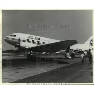 1994 Press Photo Nova: The Plane That Changed the World- DC-3 in profile