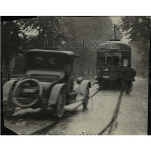 1919 Press Photo Trolley and car - cvb64197
