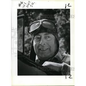 1983 Press Photo Stuart Mitzel in his 1941 Steerman biplane - ora59499