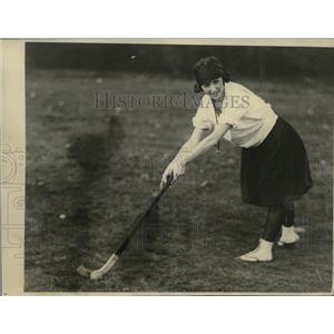1923 Press Photo Captain Mary Moore of Rochelle College field hockey - nes49881