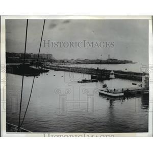 1942 Press Photo Harbor of Algies showing US landing forces met strongest enemy