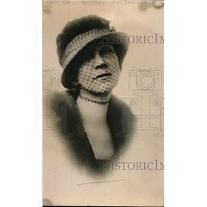 1920 Press Photo Cora Moore, fashion expert - nee97178