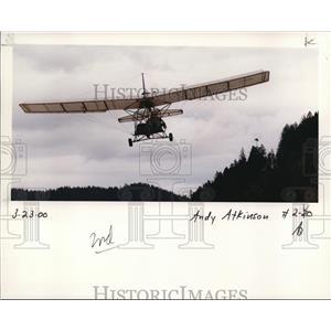 2000 Press Photo Andy Atkinson In Small Plane - ora99500
