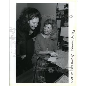 1994 Press Photo Golden Troika Enterprises Inc Travel Agency - orb55664