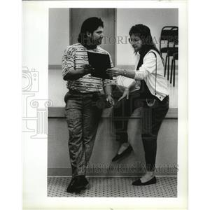 1990 Press Photo Luis Mendoza and wife Carol at Graduation Boeing's Training