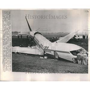 1965 Press Photo Airplane Crash