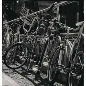 1976 Press Photo Parking Lot at Wilson School Displays Bicycles - spa31148