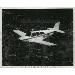 1967 Press Photo Beech Aircraft Bonanza E33A Plane - ney16984