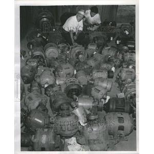 1955 Press Photo Engine Machine Energy Motion Motor