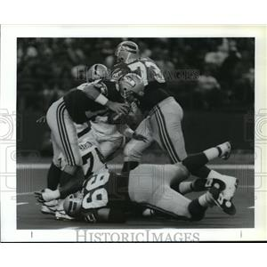 1992 Press Photo Football Pro Seattle Seahawks Action - spa33862