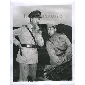 1961 Press Photo Alberto Sordi Actor Italiy David Niven