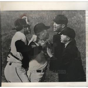1964 Press Photo Baltimore manager Hank Bauer ejected for protesting call.