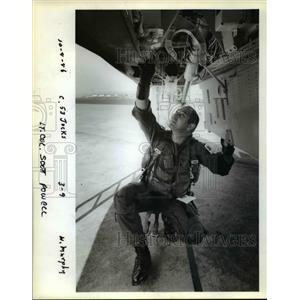 1986 Press Photo Lt. Col. Scott Powell, mission leader for the Oregon flier