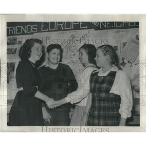 1947 Press Photo Spelling bee Louise Fyfe Steve Chorkab - RRR31841