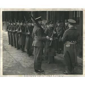 1941 Press Photo National Guard Army Guard Protection - RRR35485