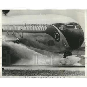 1971 Press Photo NASA Airplane Safety Test - RRR22415
