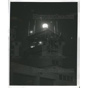 1954 Press Photo Meigs Field Beacon