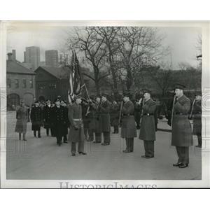 1944 Press Photo New York Norwegian Crown Prince Olav reviews Marines NYC