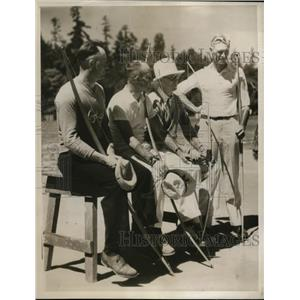 1932 Press Photo National Archery Assn in Seattle Wash, M Stamps, EK Roberts