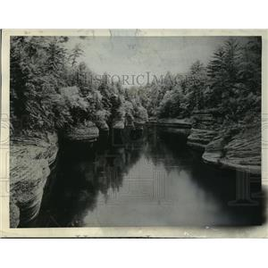 1938 Press Photo Rock Formations Along the Wisconsin River at the Dells