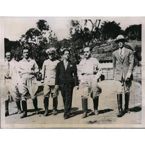 1936 Press Photo Brazil President Gethulio Vargas & others at Aao Matheus farm