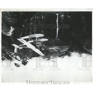 1977 Press Photo Excursion Flight Over National Park