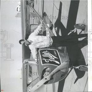1963 Press Photo Alan Fox Aerial Inspection Fuller & Co