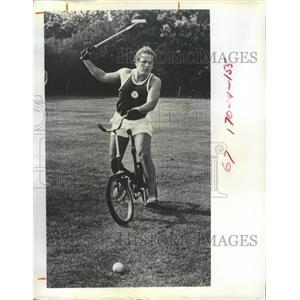 1971 Press Photo Polo Cycling