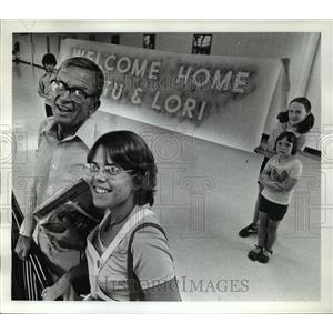 1976 Press Photo Stuart Nutbrown and Daughter Lori return to Portland
