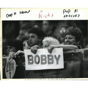 1991 Press Photo New Orleans Saints- Saints fans have their favorites.