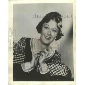 "1942 Press Photo Actress Grace Moore in ""La Boheme"" Chicago Opera - ftx02597"