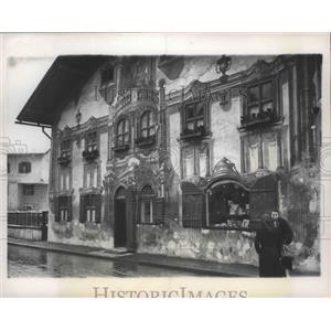 1949 Press Photo Oberammergau, Germany Pilutus Haus - ftx01898