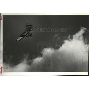 1981 Press Photo 36th High Dive-Hang Gliding - spa52488